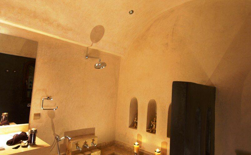 https://www.villamalikasilvana.com/wp-content/uploads/2020/03/quartos-em-marrakech2-803x496.jpg